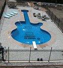 Bazén pro kytaristu