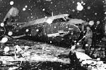 Letoun Airspeed Ambassador G-ALZU aerolinek British European Airlines po havárii na mnichovském letišti 6. února 1958