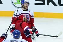 Jakub Voráček se raduje z gólu proti Lotyšsku.
