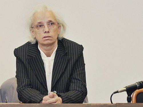 Okresní soud v Liberci se 5. dubna začal zabývat případem kyberšikany krajské předsedkyně KSČM Dany Lysákové prostřednictvím jejího falešného profilu na internetové sociální síti. Na snímku je obviněná Anna Stolínová.
