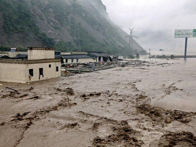 Ničivé záplavy v Číně.
