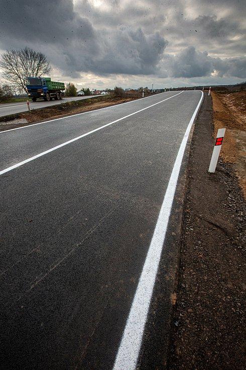Stavba dálnice D11 v úseku Hradec Králové - Jaroměř