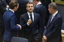 Andrej Babiš (vpravo) na summitu Evropské unie k migraci vedle rakouského kancléře Sebastiana Kurze (vlevo) a francouzského prezidenta Emmanuela Macrona.