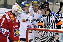 Hokejisté Slavie podlehli Vítkovicím vysoko 1:7.