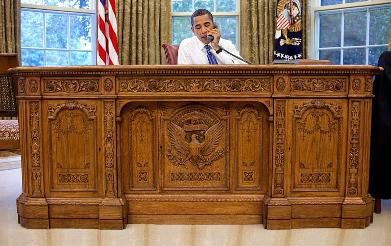 Americký prezident Barack Obama v Oválné pracovně.