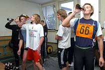 Barbora Šúotáková - závod pití piva na čas