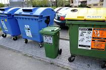 Kontejnery na separovaný odpad - ilustrační foto