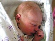 Čeněk Arnošt se narodil Evě a Tomášovi Arnoštovým z Rychnova u Jablonce 25. 5. 2016. Měřil 50 cm a vážil 2960 g.