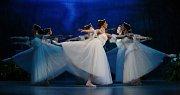 Giselle? Dobrodružství hudby i romantická dřina pro balet. Nastudování Severočeského divadla se zahraničními sólisty.