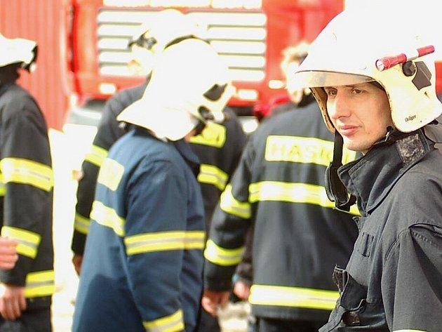 Úterní akce v Janově nad Nisou byla součinnostním cvičením hasičů.