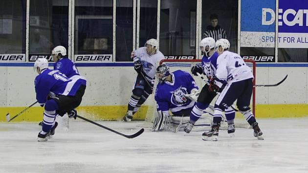 Utkání Jablonce (v modrém) proti Trutnovu