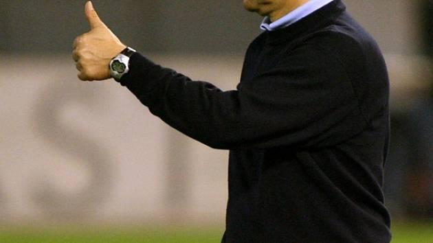 Odcházející trenér Jablonce v zápase proti Slavii.
