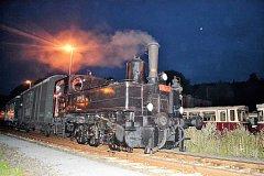 Parní lokomotiva 310.0134 nazývaná Babička při zkušební jízdě na nádraží v Tanvaldu