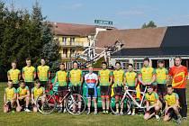 Tým cyklistických nadějí z jabloneckého Gymnázia Dr. Randy