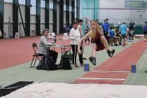 Dvě stovky mladých atletů a atletek se sešly v hale jablonecké Střelnice, aby bojovaly o medaile a tituly.