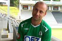 Prvoligový FK BAUMIT Jablonec do svých řad ulovil první fotbalovou posilu, kterou je exkladesnký stoper Pavel Drsek.