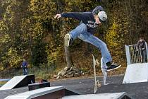 Skejtaři i tak park navštěvují, zvláště ti mladší