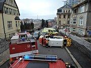 Nehoda osobního auta se sanitním vozem.