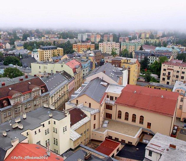 Pohled z radniční věže v Jablonci