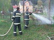 Sbor dobrovolných hasičů Janov nad Nisou. Čarodějnice na Berkově louce.