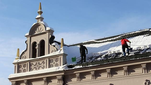 Čištění střech v Jablonci nad Nisou.