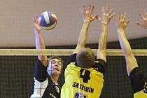Volejbalisté Železného Brodu hrají již řadu let druhou volejbalovou ligu a o víkendu na domácí palubovce sportovní haly hostili Třebín, které v prvním zápase podlehli 1:3, ve druhém, po bitvě, zvítězili 3:2.