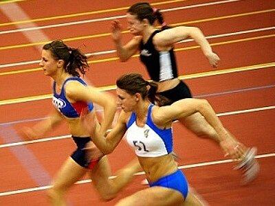 V Corny atletické hale v Jablonci startovaly také sprinterky z Polska.