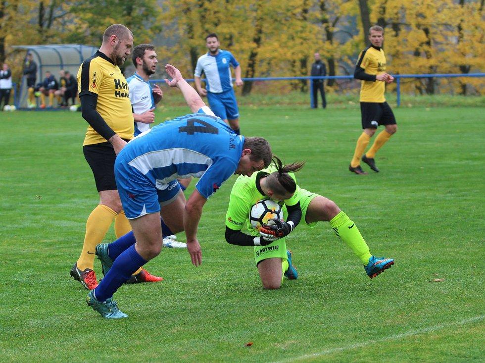 Vítězem okresní fotbalové soutěže na Jablonecku se stala Nová Ves v čele s trenérem Bílkem.