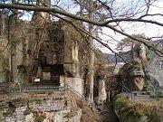 Panteon na Malé Skále