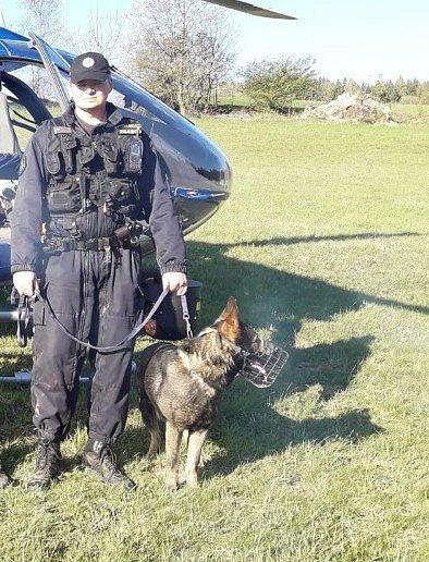Policejní psovod zachránil ženu, která chtěla skoncovat se životem
