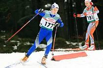 Jablonecká šestidenní - čtvrtek. Na snímku 177 Švejdová Kamila (SKSV), 191 Kapčiarová Michaela (SKI JBC).