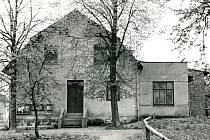 Sokolovna Vrát.