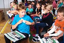 Rušno bylo v zásadské základní škole, kde se loučili se školním rokem.
