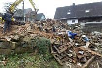Likvidace odpadků a ruiny na Trávníkách