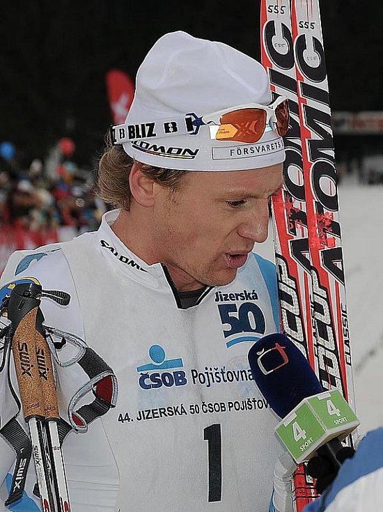 Jizerská padesátka 2011. Stříbrný Švéd Oskar Svärd.