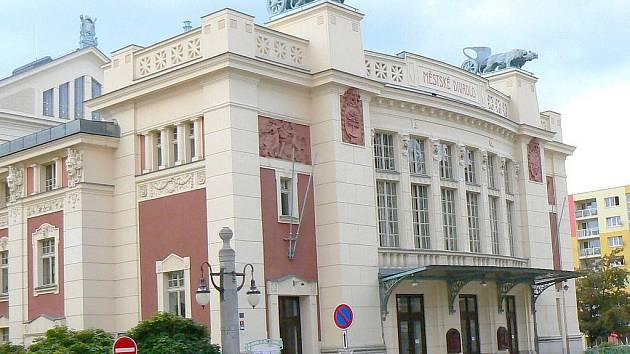 Městské divadlo v Jablonci.