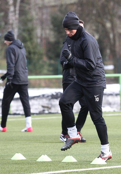 Fotbalisté Jablonce zahájili ve středu zimní přípravu. Na snímku Tomáš Jablonský při tréninku.