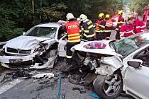 Srážka dvou osobních vozů v Malé Skále. Čtvrtek 23. září