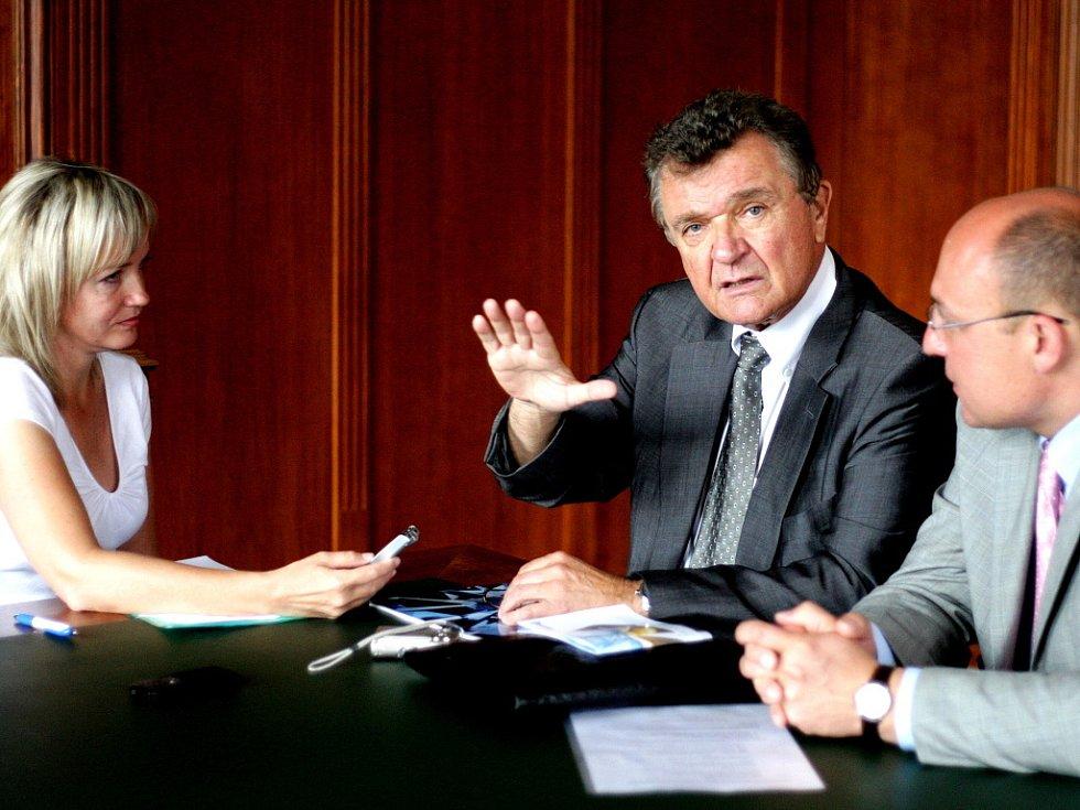 Významný rakouský podnikatel Manfred Swarovski v pondělí navštívil Liberec a rodiště svého pradědečka.