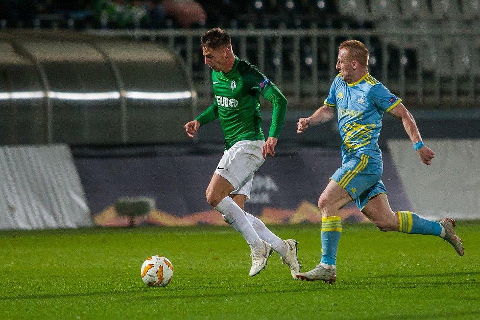 Zápas skupiny K Evropské ligy mezi týmy FK Jablonec a FC Astana se odehrál 25. října na stadionu Střelnice v Jablonci nad Nisou. Na snímku vlevo je Lukáš Masopust.