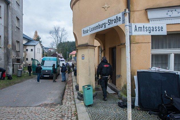 Natáčení německého detektivního filmu snázvem Walpurgisnacht, který se odehrává vroce 1988, pokračovalo 7. listopadu v Janově nad Nisou.