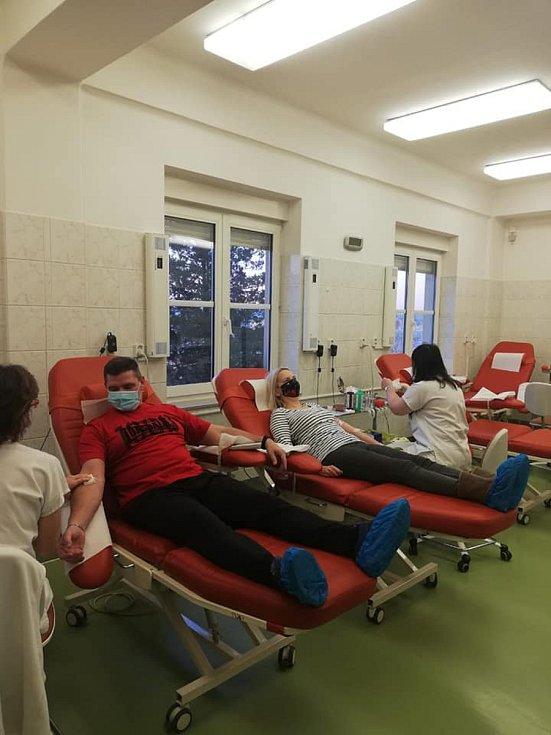 Příslušníci Rýnovic darovali krev