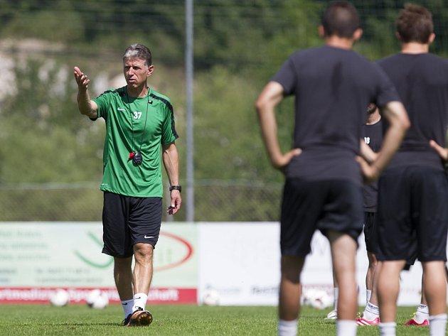 Trenér fotbalistů Jablonce Jaroslav Šilhavý by chtěl s týmem bojovat o nejvyšší příčky.
