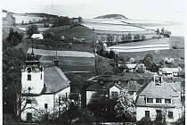 Historické fotografie obce Zlatá Olešnice.