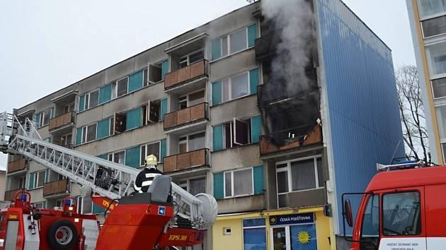 Součinnost složek integrovaného záchranného systému a orgánů krizového řízení prověřily i tři požáry domů spojené s evakuací. K poslednímu z nich došlo na Silvestra 2014