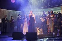 Zpívá Hana Ceplová