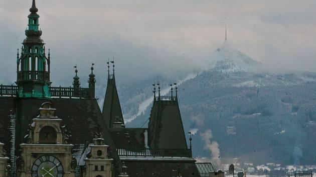 Liberecký kraj se pyšní nejlepším životním prostředím s velkým podílem zelených ploch. Chybí mu ale místa v nemocnicích a domovech pro seniory - ilustrační snímek