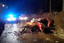 Vůz byl zcela zdemolován