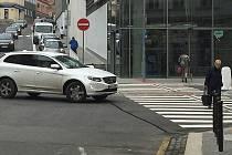 Foto: MM Jablonec n. N.Doprava kolem obchodního domu Central se změnila, vypadá to, že k lepšímu.