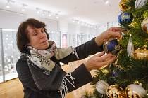 Výstava s názvem Současné české vánoční ozdoby v Muzeu skla a bižuterie v Jablonci nad Nisou.